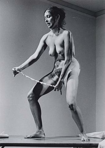 Carolee Schneemann, Interior Scroll. Perofrmance, 1975